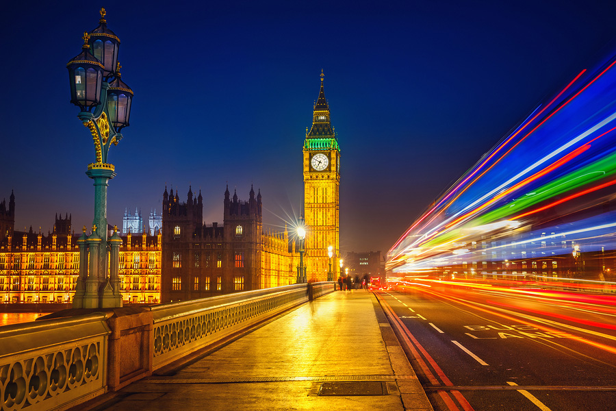 Westminster-at-night